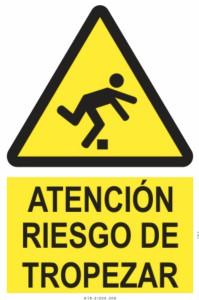 atención riesgo de tropezar
