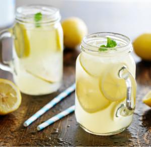 linea15-agua-con-limón